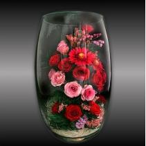 Композиция из роз и гербер в стеклянной вазе 34-732