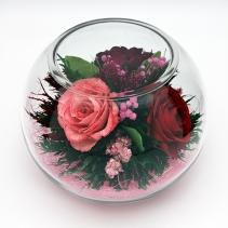 Разноцветные розы в среднем стеклянном шаре 35-036