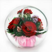 Красные розы в шаре со скосом 40-061