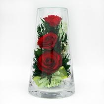Композиция из красных роз в стеклянной вазе (высокий конусообразный цилиндр)