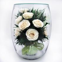 Белые розы 11 шт в большой стеклянной вазе 41-020