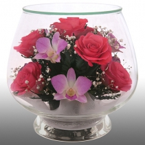 Композиция из роз и орхидей LMM