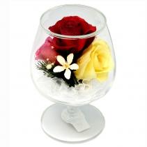 Композиция из желтых и красных роз в бокале GSR5c